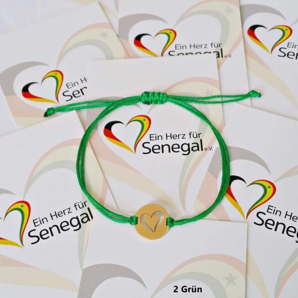 Armband geknüpft, Ein Herz für Senegal